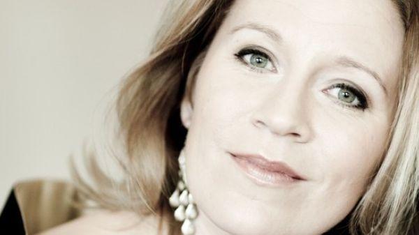 Hommage à Marie Fel par Carolyn Sampson : coup de cœur de la semaine pour Emilie Munera
