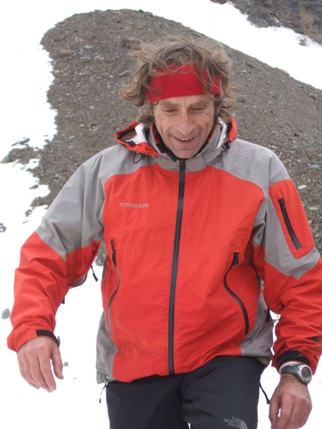 Dr Alain Cassourra