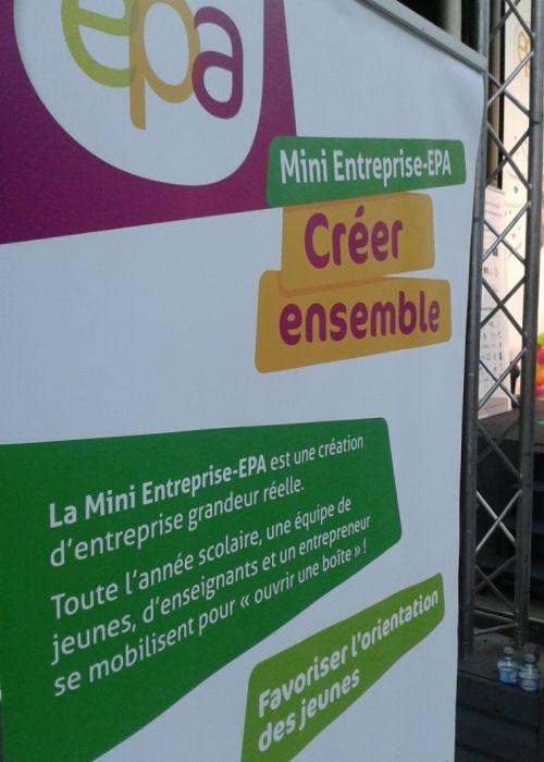 """Affiche du championnat """"Entreprendre pour apprendre"""" mini-entreprise"""