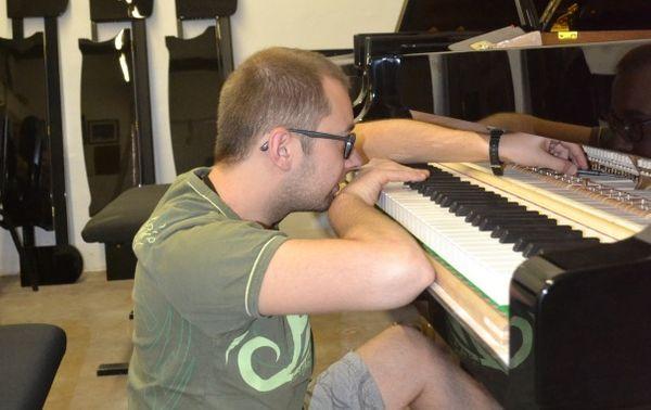 Dans l'atelier des pianos (©Suzana Kubik/France Musique)