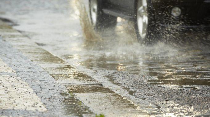 Les fortes pluies ont entraîné des inondations.