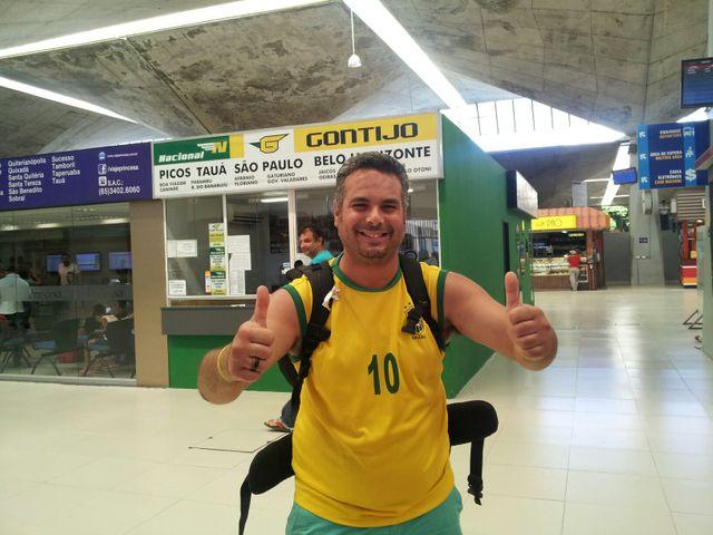 Isai en transit à la gare routière de Fortaleza