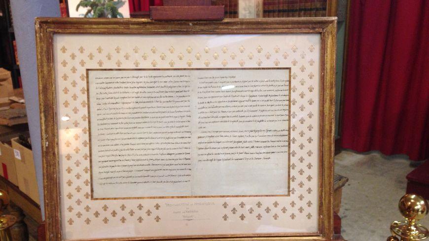 Le manuscrit du futur roi de France Louis XVIII