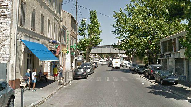 La fusillade a éclaté devant un bar de l'avenue Saint-Antoine à Marseille