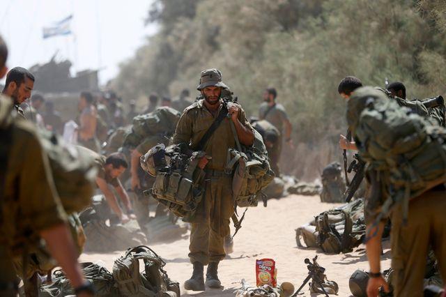 Des soldats de Tsahal venant de Gaza et retournant en Israël
