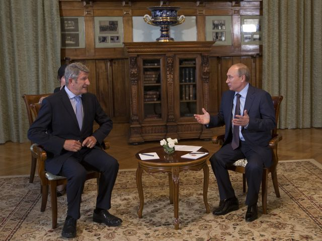 Rencontre entre Vladimir poutine et Philippe de Villiers à Yalta en Crimée