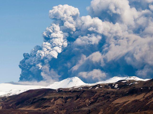 Le Bardarbunga menace comme le volcan Eyjafjallajökull ici en avril 2010