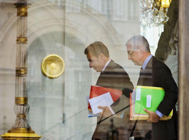 Xavier Musca, avec Nicolas Sarkozy, en 2011, à la sortie d'un conseil des ministres.
