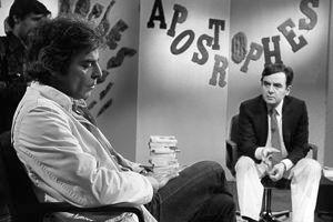 Bernard Pivot interview Romain Gary sur le plateau de l'émission Apostrophe