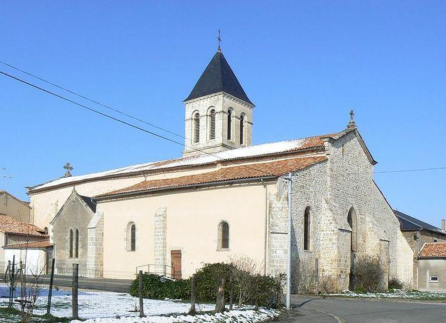 Champagné-Saint-Hilaire - Eglise