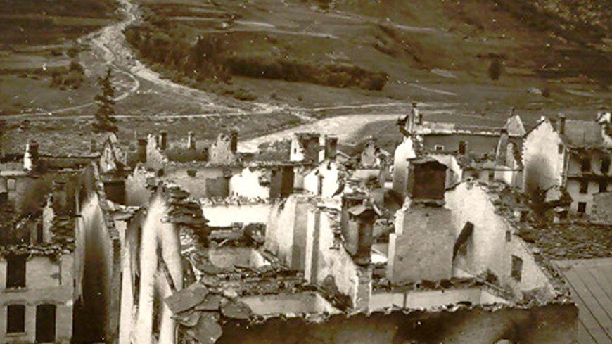 Bessans incendié, le 13 septembre 1944.