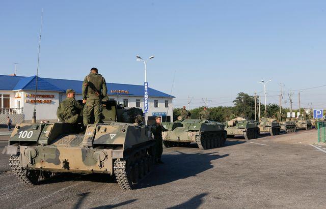 Une colonne de blindés russes a passé la frontière Ukrainienne