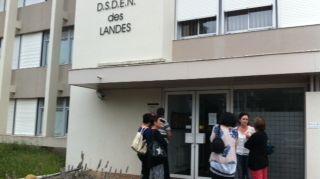 Une délégation de parents et d'enseignants a été reçue pendant une heure ce matin par l'Inspecteur d'Académie.