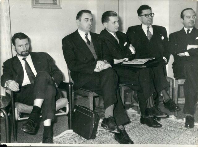 Pierre Lagaillarde (à gauche) et des figures de l'OAS