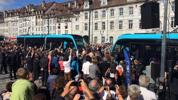 Tramway Besançon rencontre place de la révolution