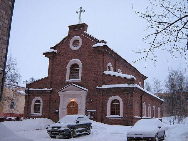 L'église catholique de Petrozavodsk (capitale de la Carélie)