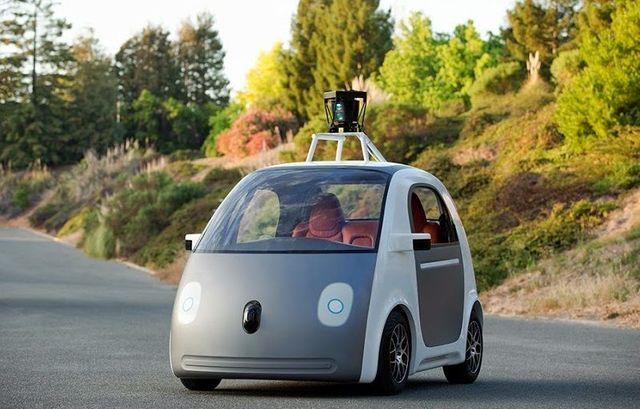 Google prévoit de commercialiser ses voitures autonomes sans volant