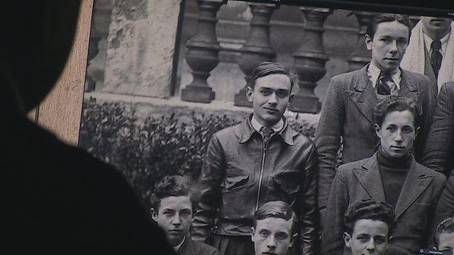Jacques Frantz, à côté de ses camarades sur une photo de classe