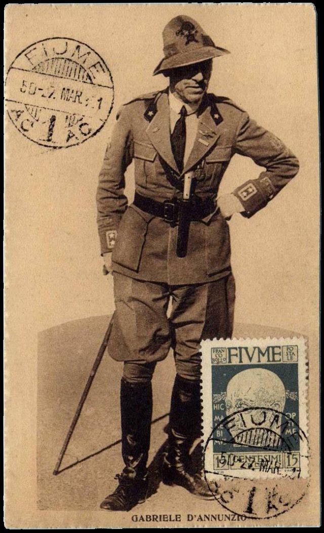 Carte postale de Fiume avec une photographie de Gabriele d'Annunzio - 1921
