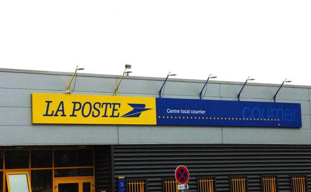 Dans de nombreuses villes, des bureaux de postes ont déjà fermé