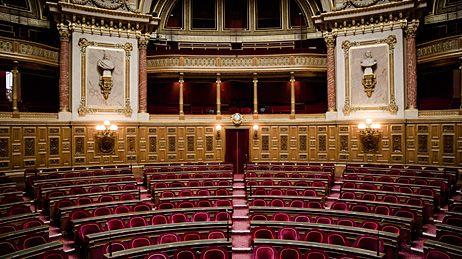Hémicycle du Sénat. Les prochaines élections sénatoriales ont lieu le 28 septembre 2014.