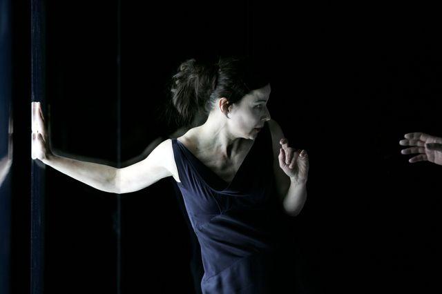 Dominique Reymond dans Feux d'August Stramm