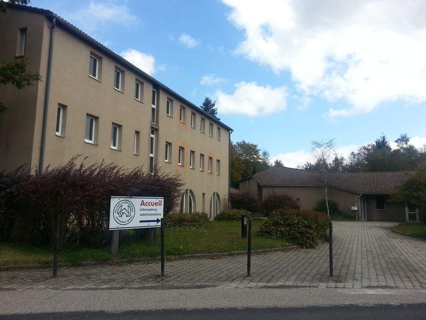 Le collège-lycée international Cévenol, Le chambon-sur-Lignon, bâtiments administratifs