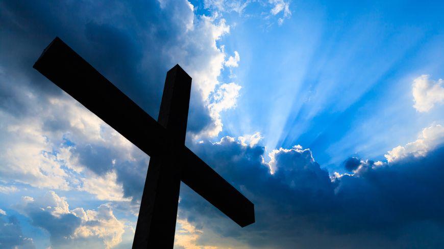 Une croix (illustration).