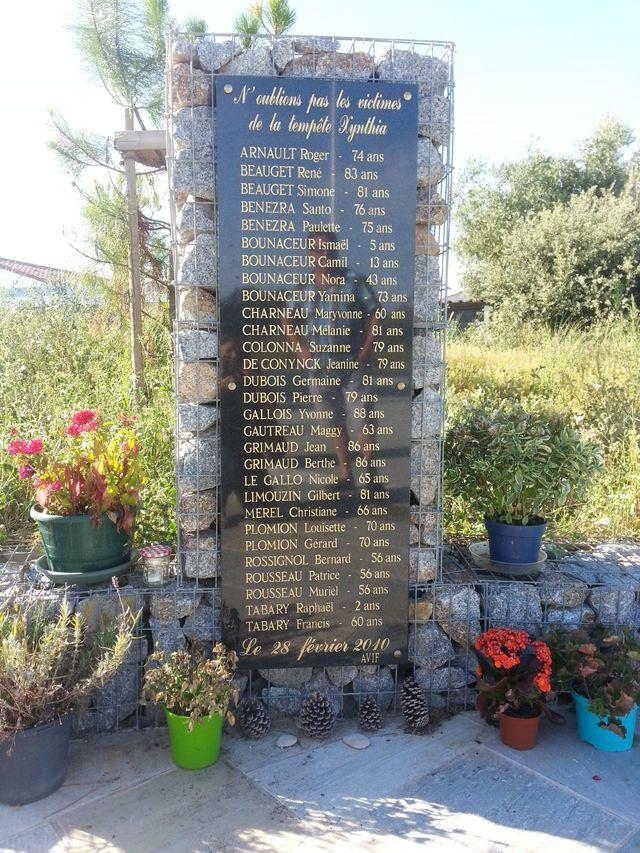 Stèle en hommage aux 29 victimes de Xynthia