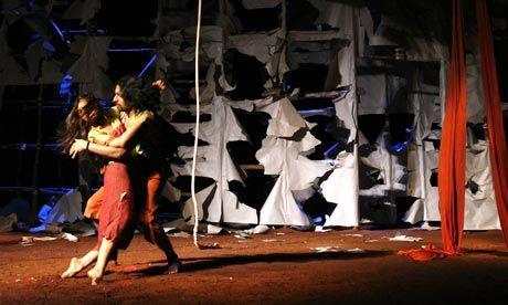 Mille et une nuits sur scène par Tim Supple