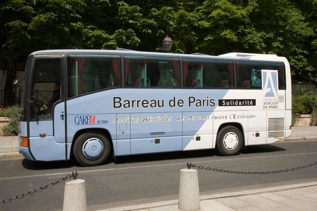 Bus Barreau de Paris Solidarité
