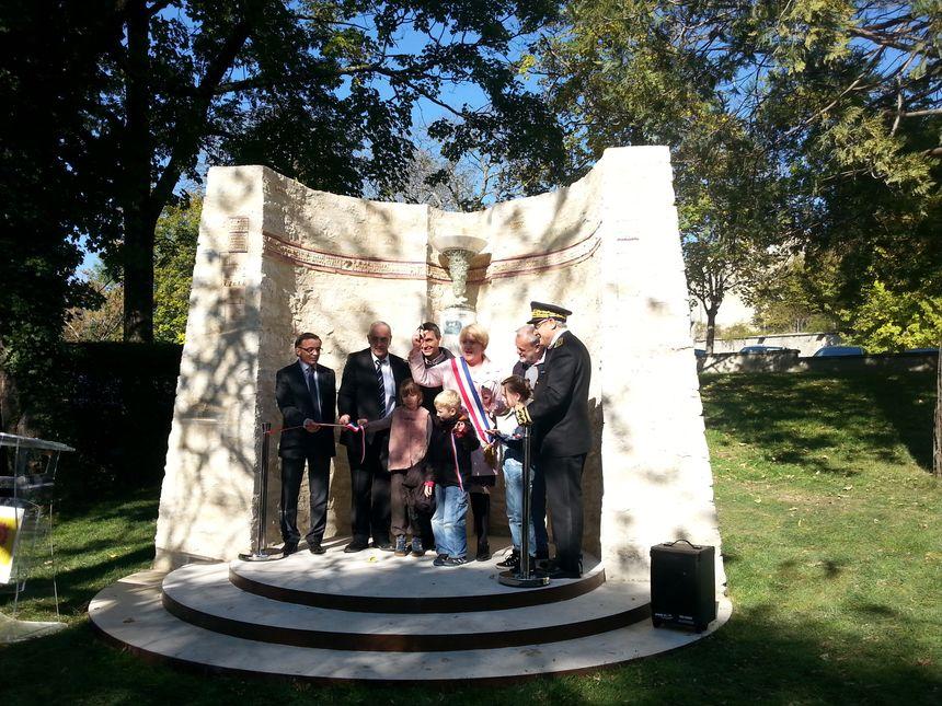 Inauguration du Mémorial à la résistance civile à Dieulefit dans la Drôme