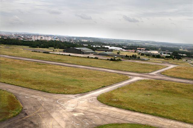 La base aérienne était auparavant une zone agricole