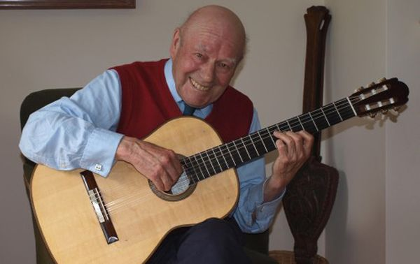 Julian Bream en 2006