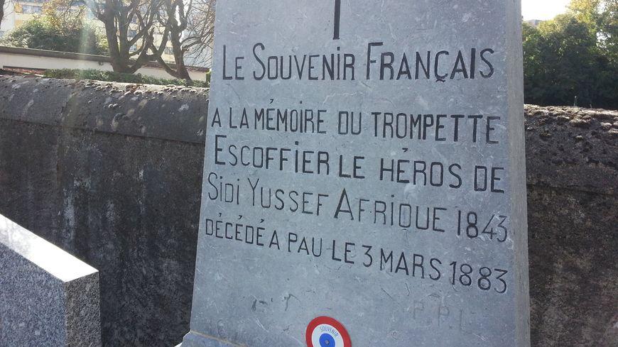 La tombe du trompette Joseph Escoffier au cimetière de Pau