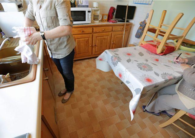 Beaucoup d'aides-ménagères ne sont pas déclarées