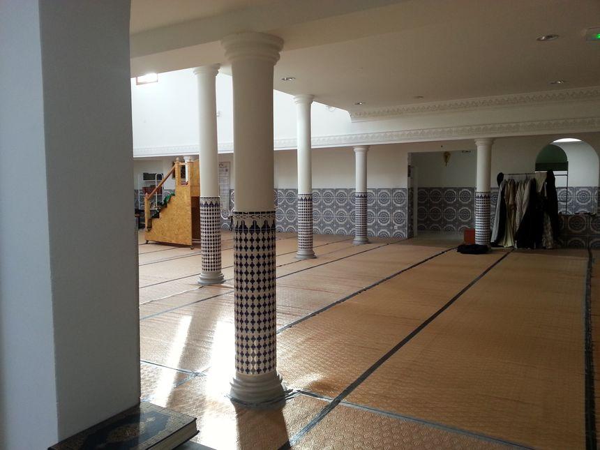 La salle de prière de la moquée de Tournon, en Ardèche
