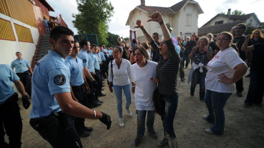 Manifestation anti-corrida lors de la novillada de Rion-des-Landes, en août 2013 (archives).