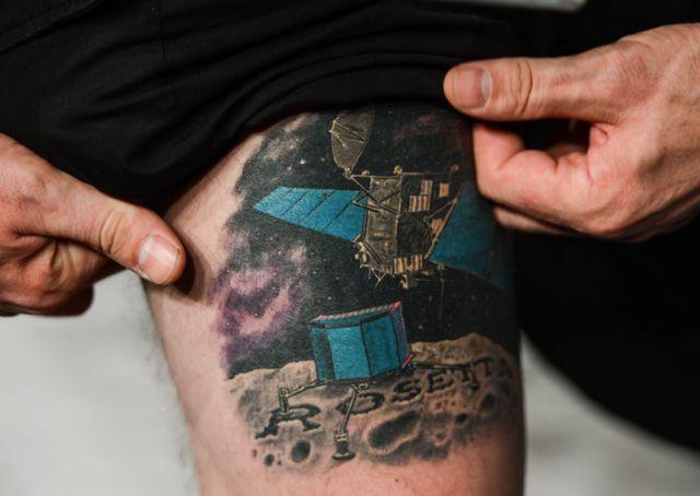 Matt Taylor s'est aussi fait tatouer Philae