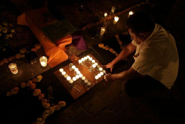 Mexique : hommage aux étudiants enelvés et sans doute tués