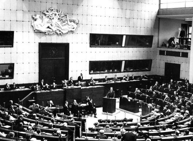 Une session de l'Assemblée du Conseil de l'Europe, dans la Maison de l'Europe, à Strasbourg, en janvier 1967