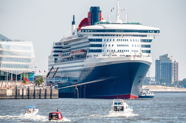 Le Queen Mary 2 à Hambourg
