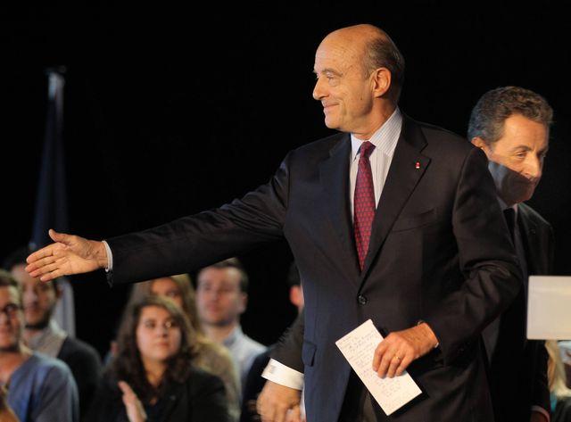 Alain Juppé et Nicolas Sarkozy au meeting de Bordeaux