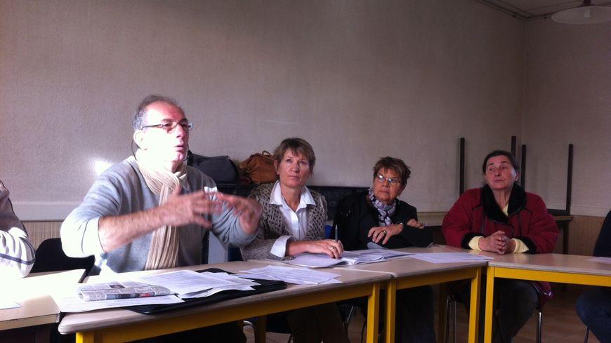 Le collectif d'opposants au système de gestion des déchets du Sud Sarthe présente ses comptes