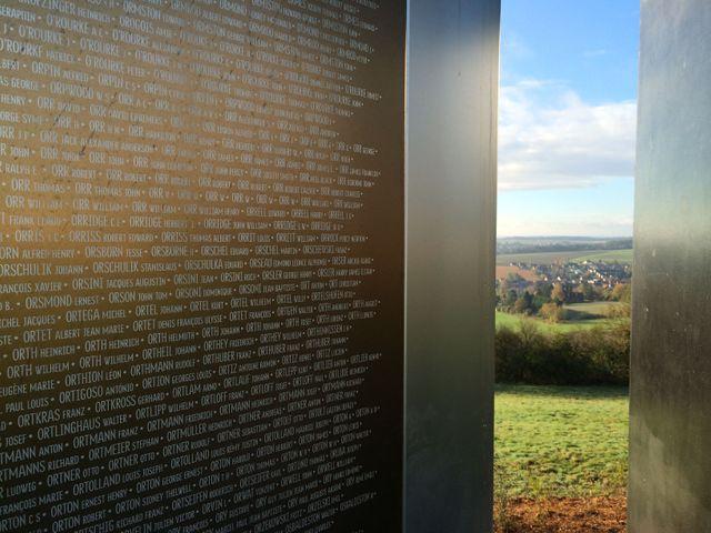 L'anneau de la mémoire de Notre Dame de Lorette près d'Arras