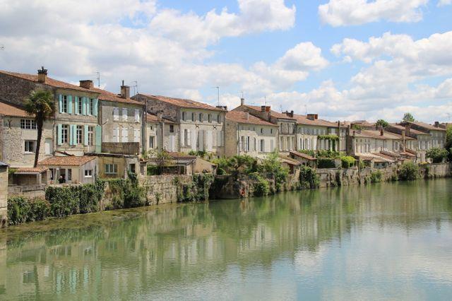 Saint-Savinien-sur-Charente (Charente-Maritime)