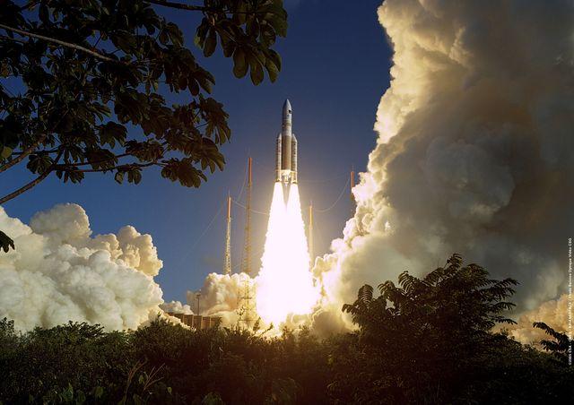 Départ d'Ariane 5 le 12 février 2005