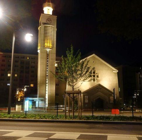 Eglise Saint Charles à Lyon 22h16