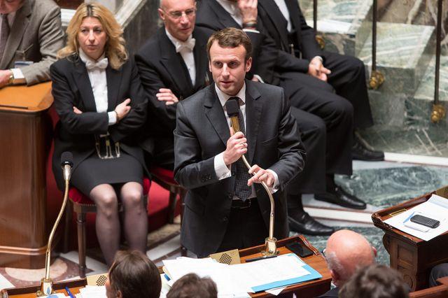 Macron a évoqué ce mardi à l'Assemblée la possible disparition de ces retraites chapeau
