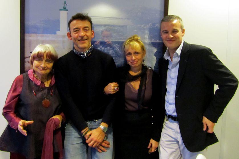 De gauche à droite : Agnès Varda, Marc Voinchet, Rosalie Varda et Emmanuel Pierrat